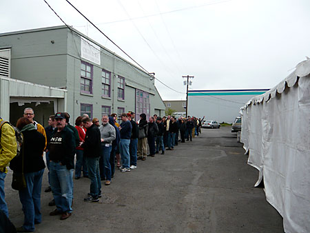 Long line to enter Hair of the Dog Brewing for FredFest 2008