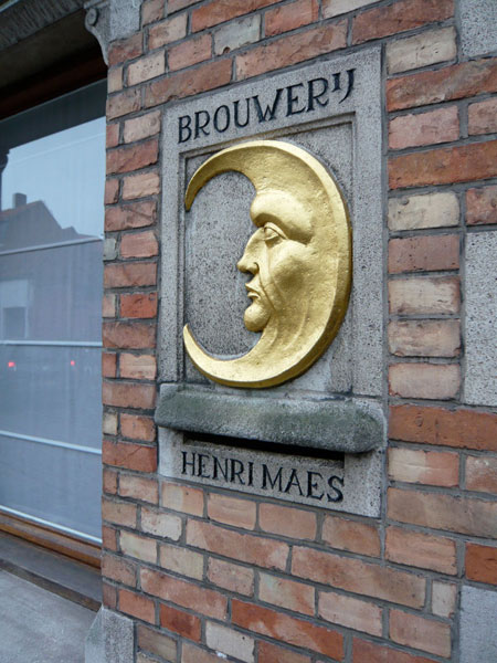 Placard for Henri Maes Brewery in Bruges